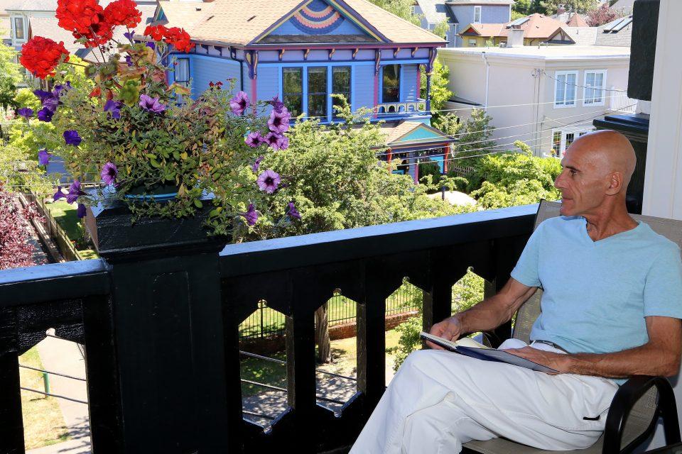 Guest Sun Deck James Bay Inn